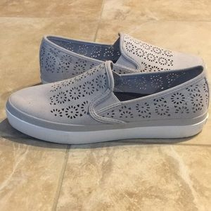 Sperry slip on